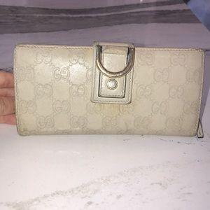 Gucci Beige Leather Wallet
